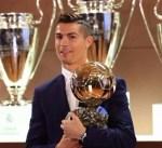 كريستيانو #رونالدو يحقق الكرة الذهبية للمرة الخامسة ويعادل رقم #ميسي