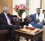 الغانم يستقبل السفير الفلسطيني لدى البلاد رامي طهبوب