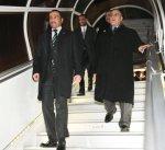 الرئيس الغانم يصل إلى جنيف على رأس وفد برلماني للدفاع عن سمعة الكويت وبرلمانها