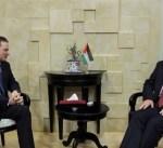 """الحكومة الفلسطينية تطالب بضمانات دولية لاستمرار خدمات """"أونروا"""""""