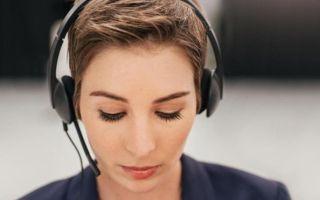 موظفات مراكز الاتصالات: تمييز وتحرش وأجر أقل