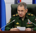 وزير الدفاع الروسي يدعو لفتح ممرات انسانية بمنطقة التنف ومخيم الركبان بسوريا