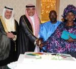 وزير الخارجية يؤكد عمق العلاقات الثنائية مع جمهورية السنغال