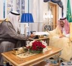 مبعوث سمو الأمير يسلم خادم الحرمين الشريفين رسالة خطية من سموه