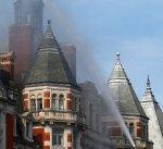 حريق ضخم في لندن يستدعي تدخل ما يقارب الـ120 رجل إطفاء