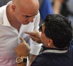 """""""الفيفا"""" يدين بشدة انتقادات مارادونا للتحكيم في المونديال"""
