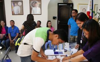 الفلبين: بدء التصويت على استفتاء يمنح المنطقة الجنوبية حكما ذاتيا موسعا