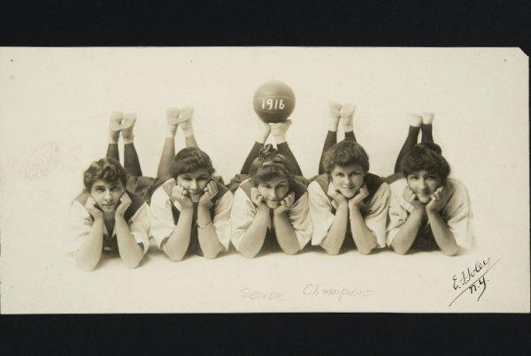 Mount Holyoke basketball team, circa 1916