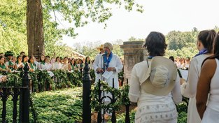 Acting President Sonya Stephens speaks during the laurel chain ceremony at Mary Lyon's grave in May. Photo by Deirdre Haber Malfatto