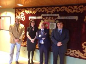 Representantes de Alumni España con la Directora de la UAM