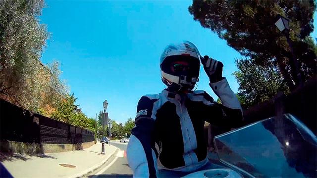 Majes en Moto rodando con la CBR