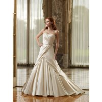 Ivory colored wedding dresses: Pictures ideas, Guide to