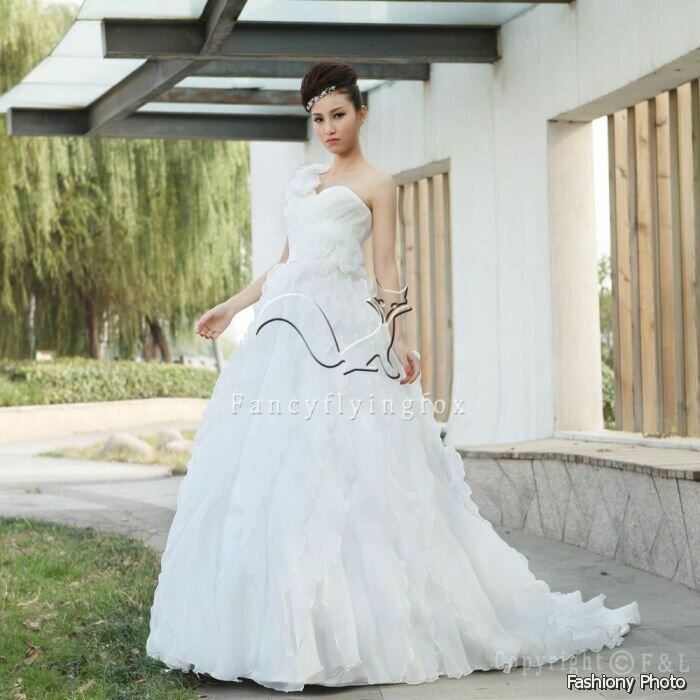Traditional hawaiian wedding dresses Pictures ideas