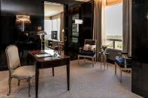 Icon Suite Alvear Hotel