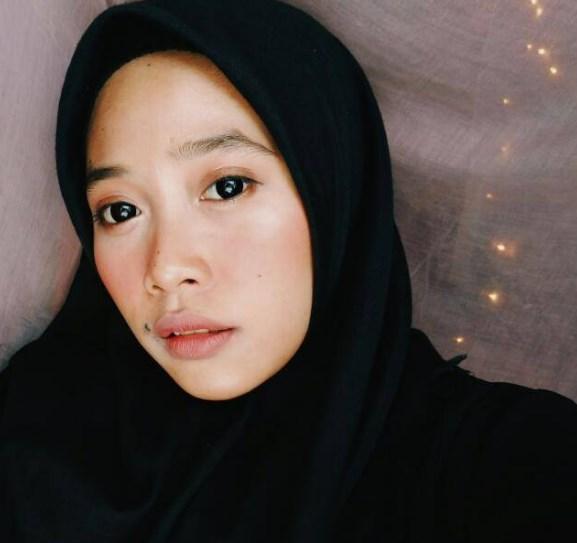 Tips Menggunakan Hijab Cantik Untuk Wajah Bulat 1