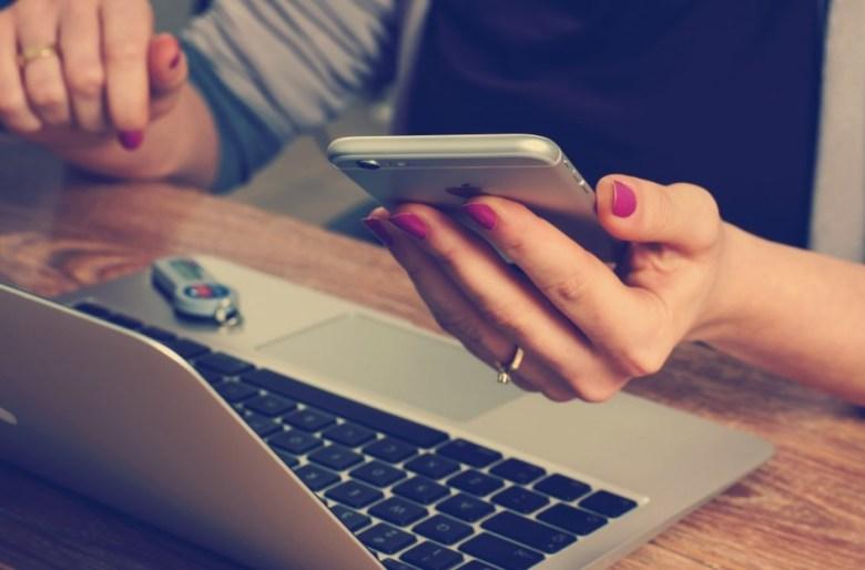 Bisnis Online Shop untuk Mahasiswa