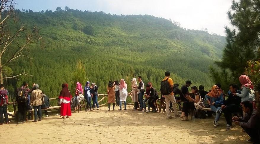 Harga Tiket Masuk Tempat Wisata The Lodge Maribaya