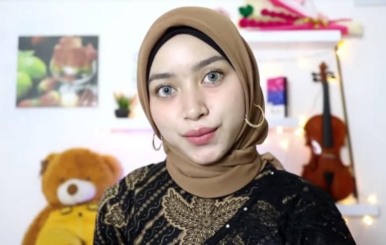 Tutorial Hijab Segi Empat Pesta Simple Modern Kekinian SELESAI