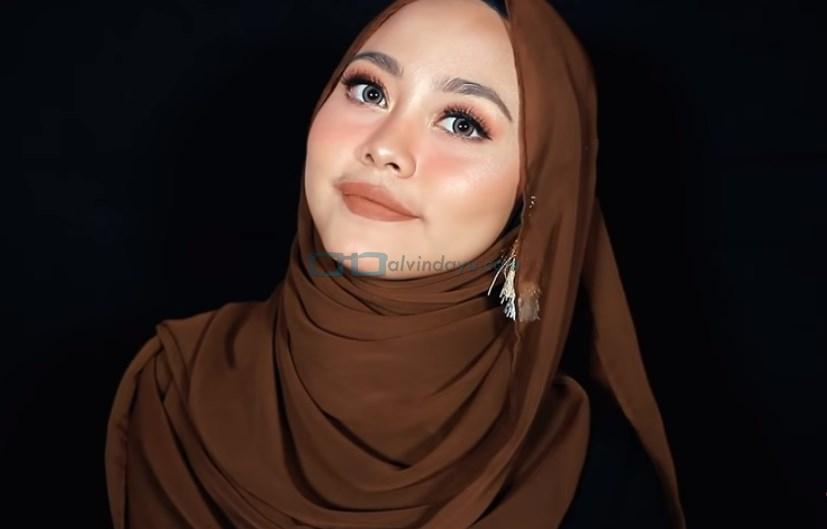Tutorial Hijab Pashmina Diamond untuk Remaja Kekinian SELESAI