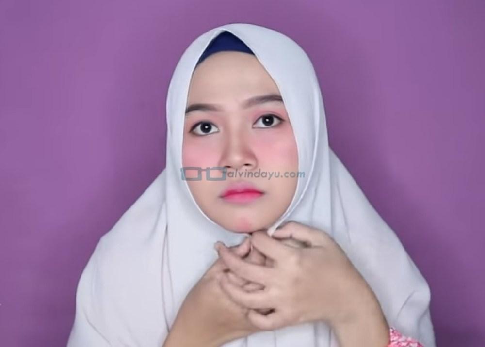 Tutorial Hijab Pashmina untuk Wajah Bulat dan Gemuk Tembem, Pastikan Hijab Sesuai Bentuk Wajah dan Menutupi Pipi Tembem