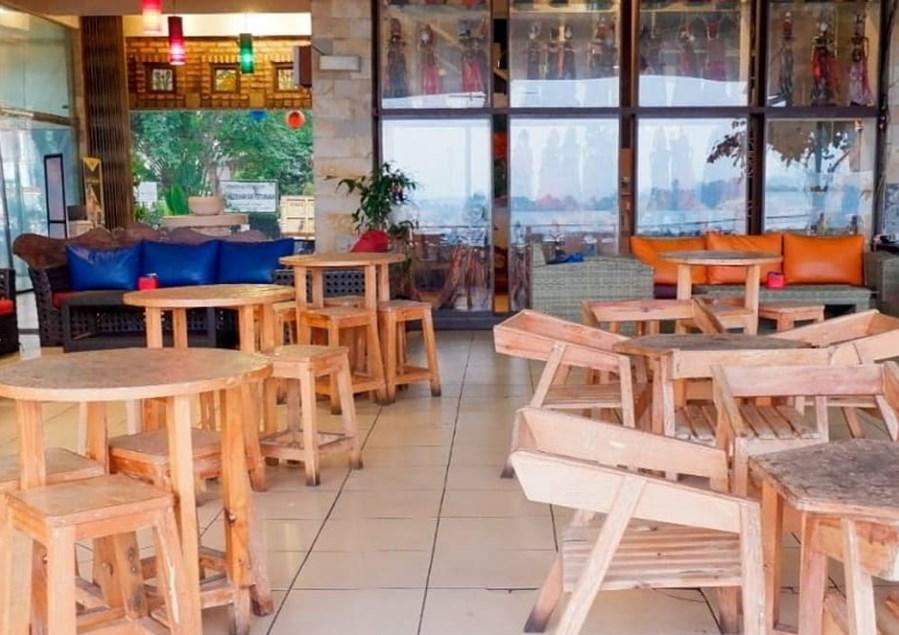 Café Gumati Tempat Nongkrong di Bogor yang Romantis