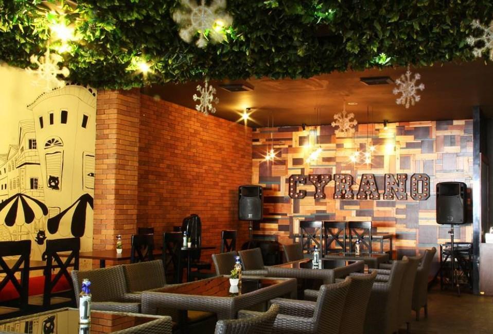 Tempat Nongkrong di Bogor Free Wifi Cyrano Café