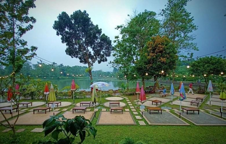 Warung Tepi Danau Tempat Nongkrong di Bogor Free Wifi