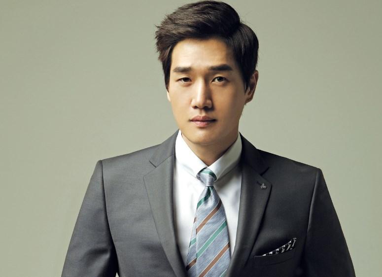 Yoo Ji Tae sebagai Han Jae Hyun