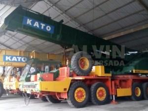Crane Kato 100 Ton AlvinJayaPersada.COM - Provider Crane dan Alat Berat. Call Center - 0813 6567 8299