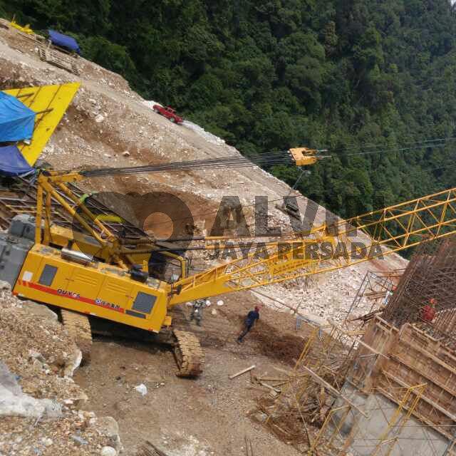 Rental Crawler Crane 55 Ton Pekanbaru