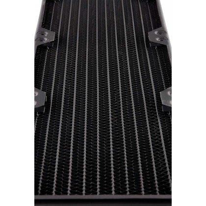 Corsair Hydro X Series XR5 360mm Water Cooling Radiator 7
