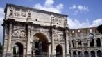 El Arco de Constantino junto al Coliseo
