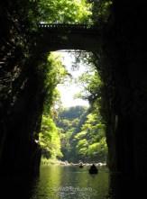 el-puente-desde-la-barca-takachiho