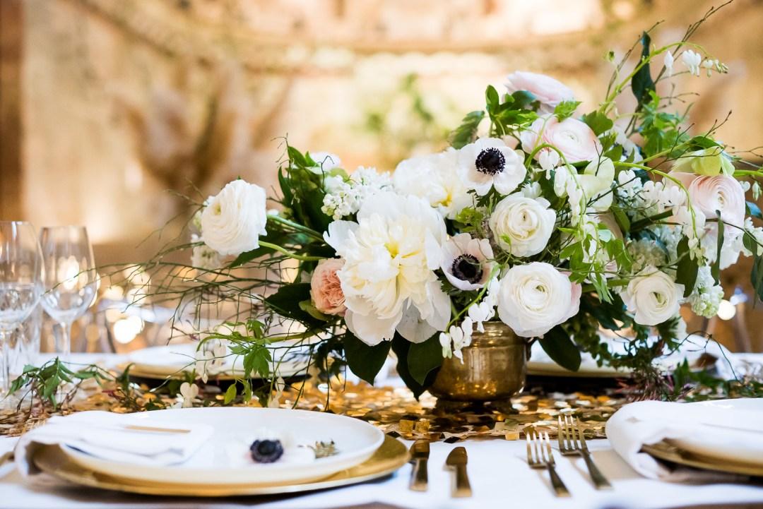 white and blush wedding table flowers Fitzrovia Chapel wedding photoshoot but Always Andri Wedding Design
