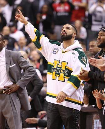 Drake Steps His Security Up In Light Of Kanye West Beef