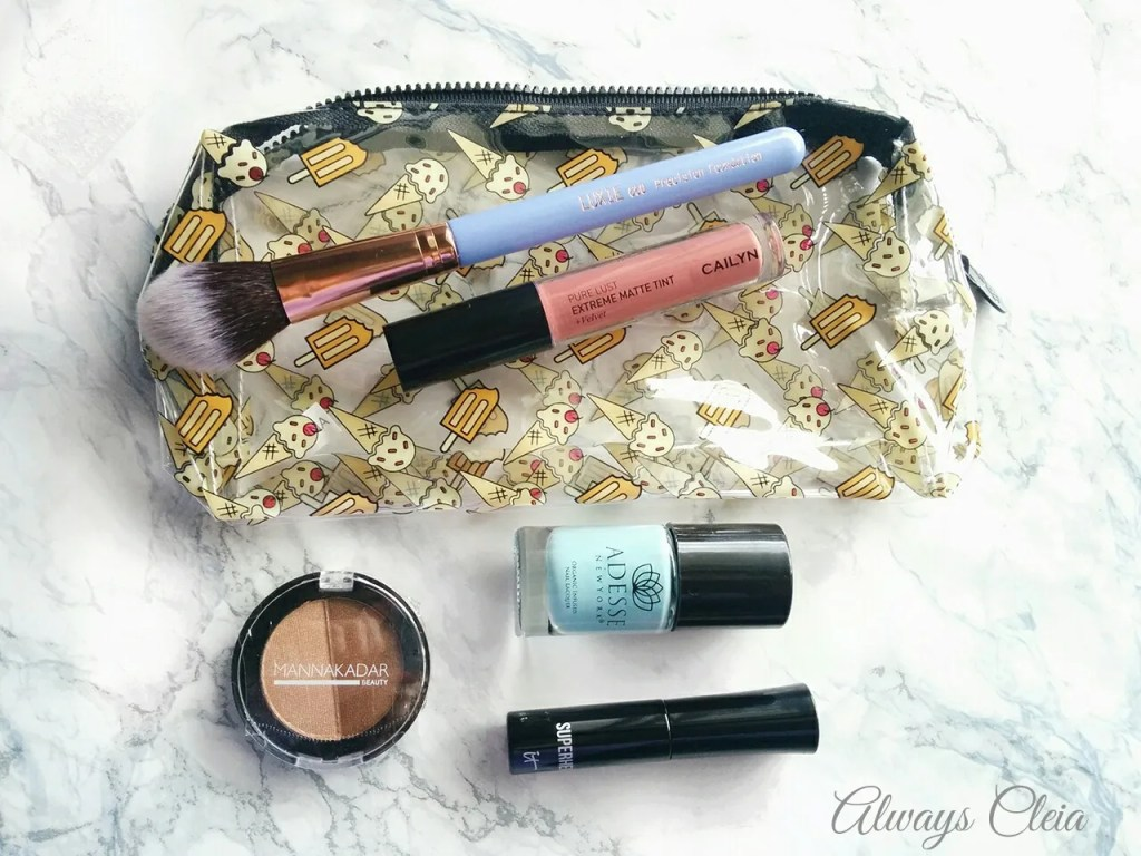 "Ipsy May 2017 ""Summer Friday"" Unboxing"
