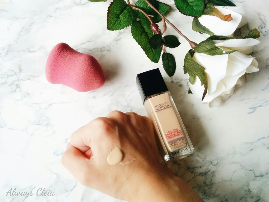 Maybelline Fit Me Hydrate + Smooth Foundation Swatch