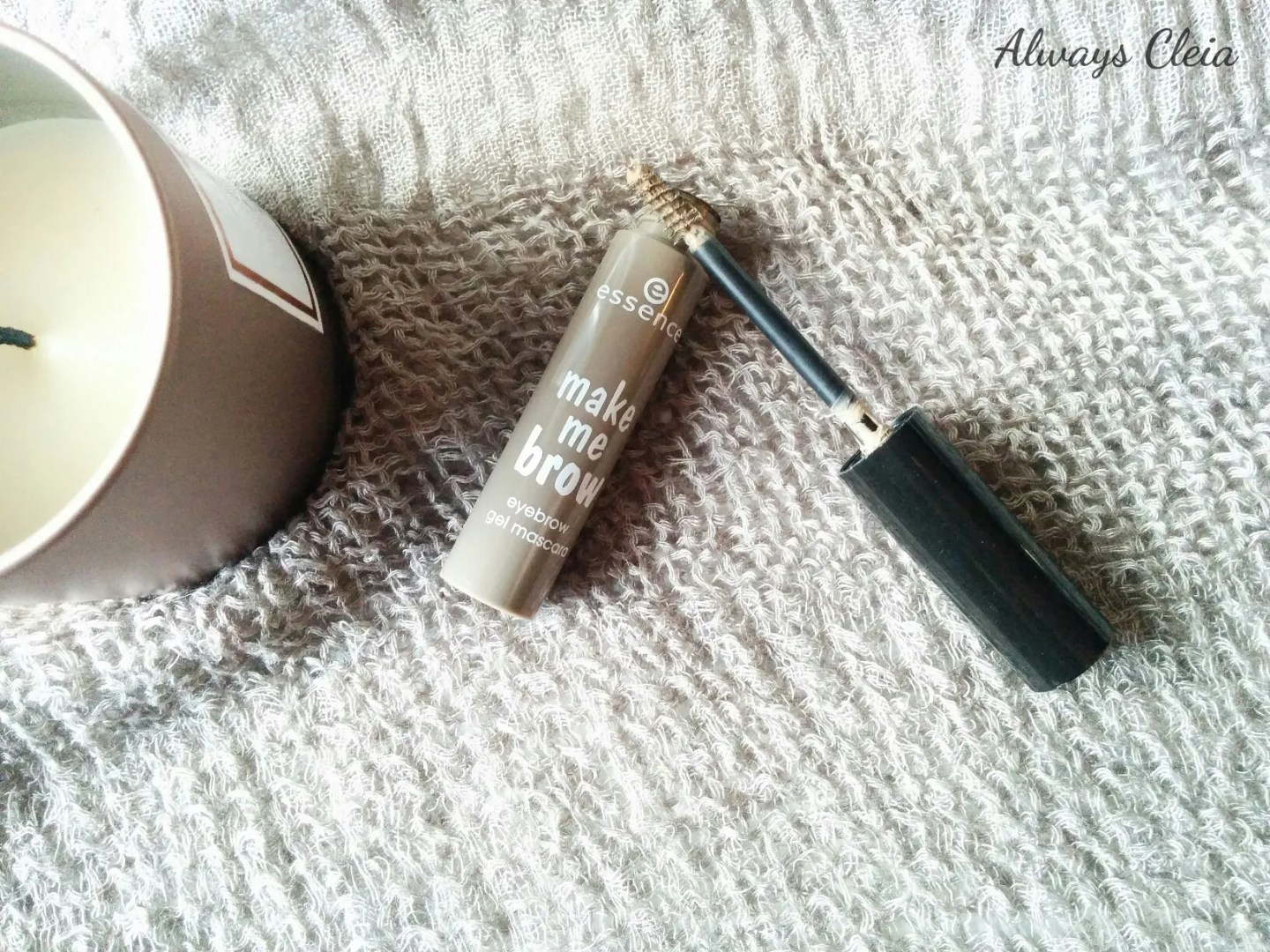 Essence Make Me Brow Eyebrow Gel Mascara Packaging