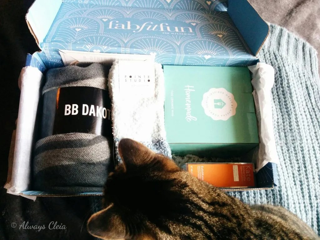 FabFitFun Winter Box Unboxing + Cat