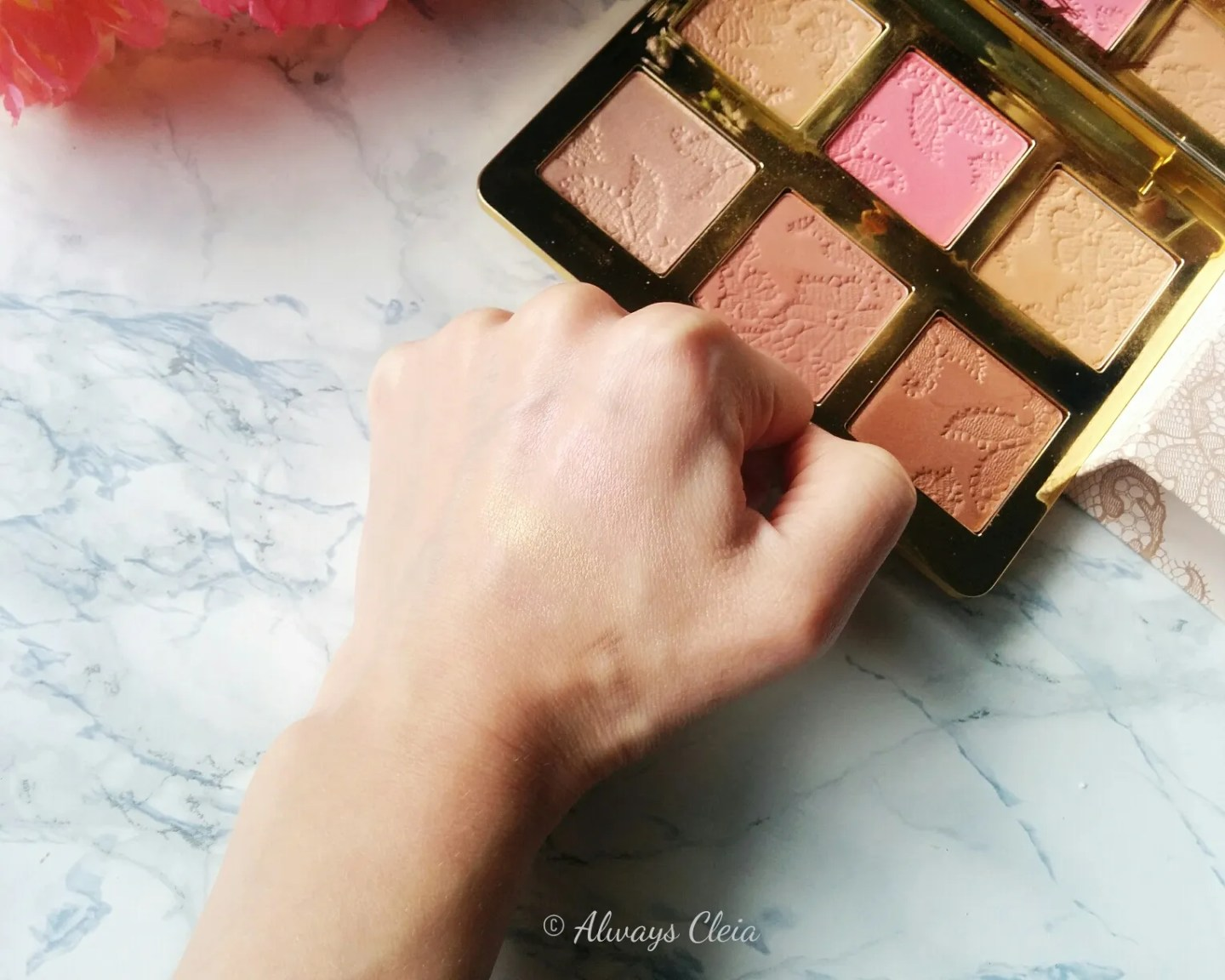 Too Faced Natural Face Palette Highlight Swatches