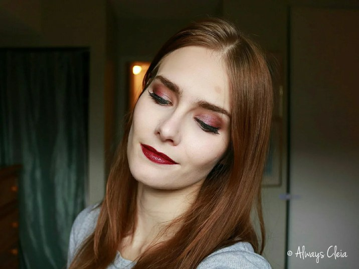 How to wear Vampy Lipstick ColourPop Mamacita