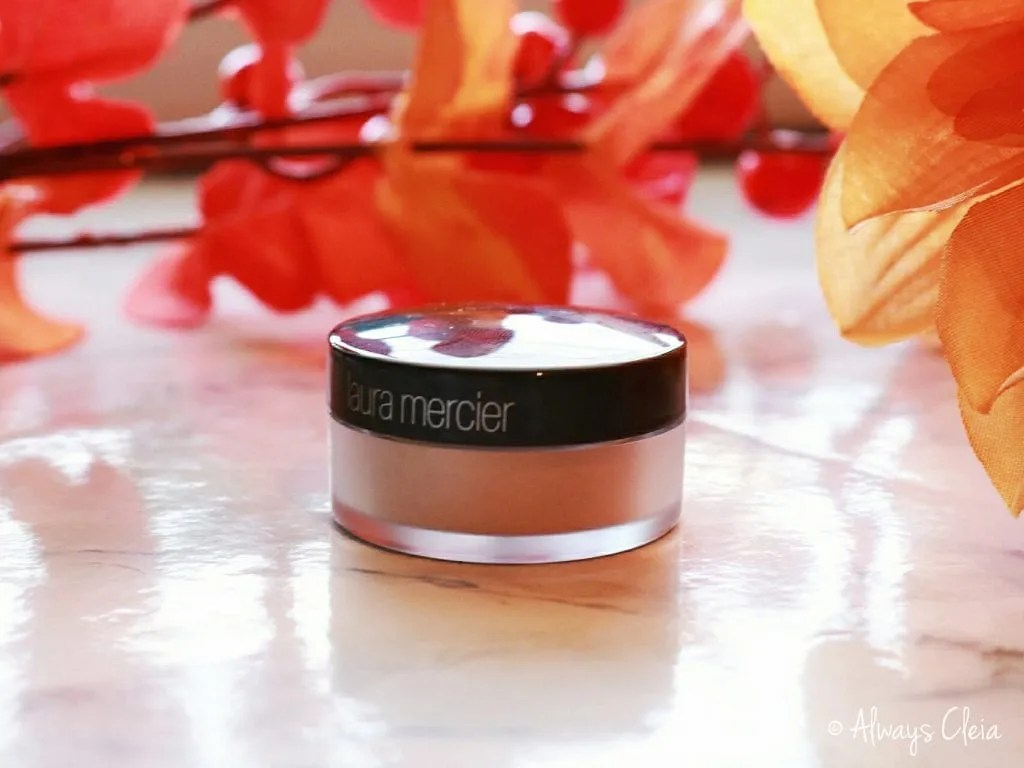 Laura Mercier Translucent Powder Glow Review