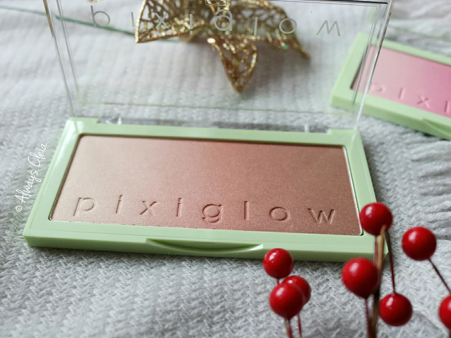 Pixiglow Cakes Review