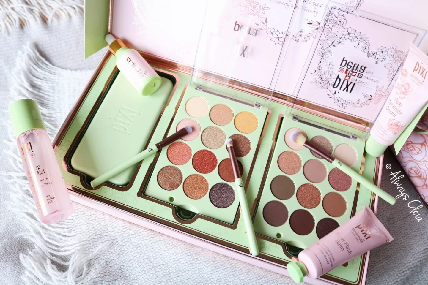 Pixi Eye Reflections PR Box