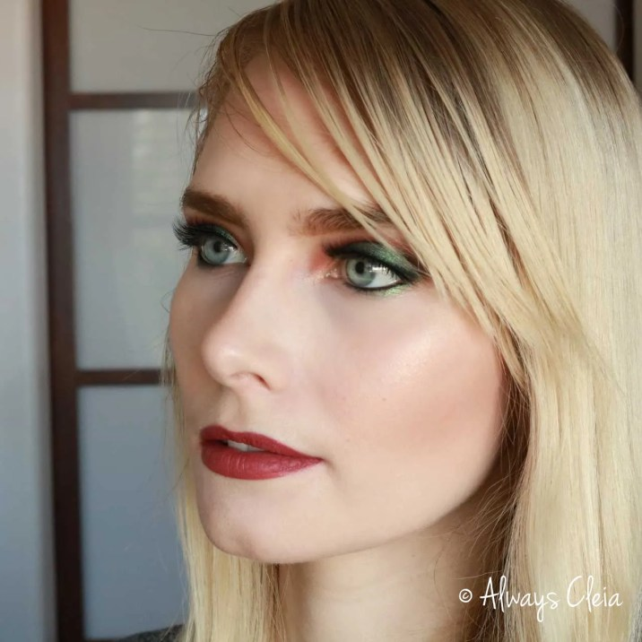 Violet Voss Essentials - Green Eyeshadow
