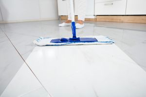 tile cleaning with hot steam
