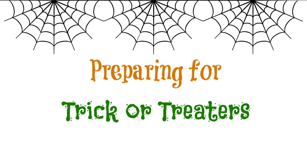Prepping for Trick Or Treaters -- Get ready for Halloween | www.alwaysmovingmommy.com