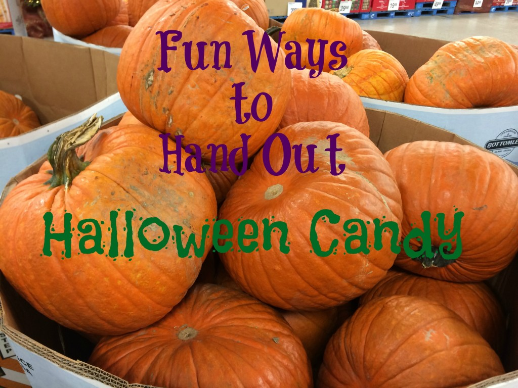 Fun Ways to Hand Out Halloween Candy -- ideas for handing out candy if you're staying home or not | www.alwaysmovingmommy.com