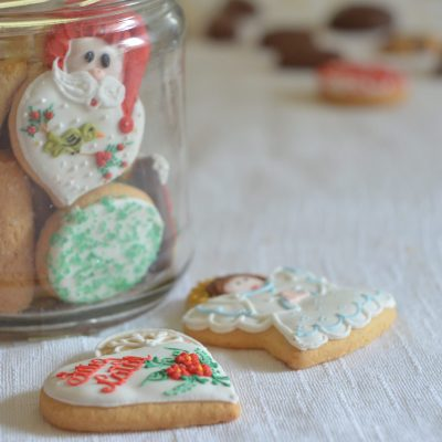 Hosting a Christmas Cookie Exchange with Free Printables