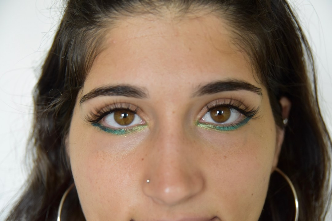 A2F Mermaid Eye Makeup Feature